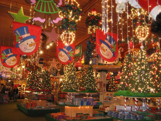 inside bronners christmas wonderland frankenmuth mi