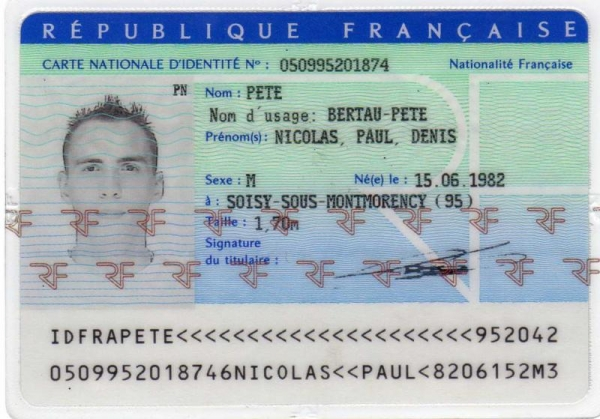 Bureaucracy in France: Frustrating for Foreigners & the French